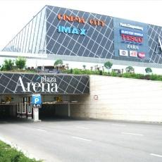 Delta Gumi - Arena Plaza