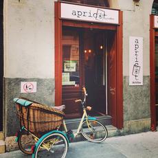 Apricot coffee Bródy Sándor utca